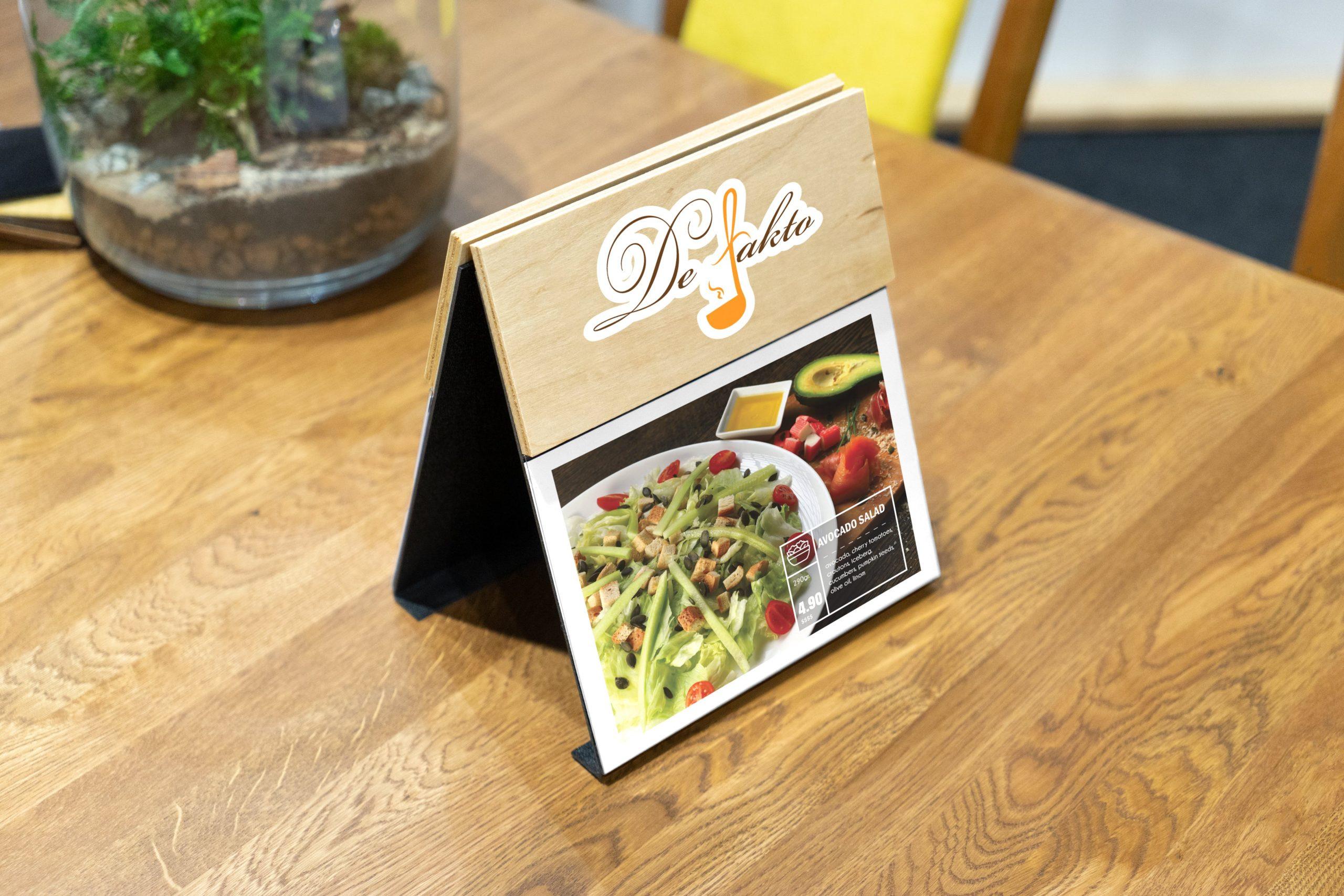 Wood- food salad - tabel